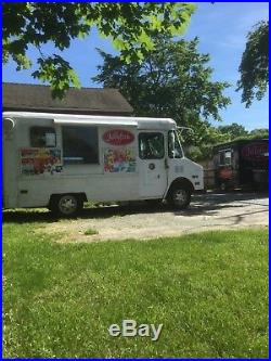 Classic Good Humor Ice Cream Truck 1992 GMC withcold plate freezer