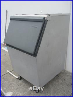 SCOTSMAN 536LB ICE STORAGE BIN TOP HINGD 30 x 36 With ADAPTER PLATES FOR OPENING